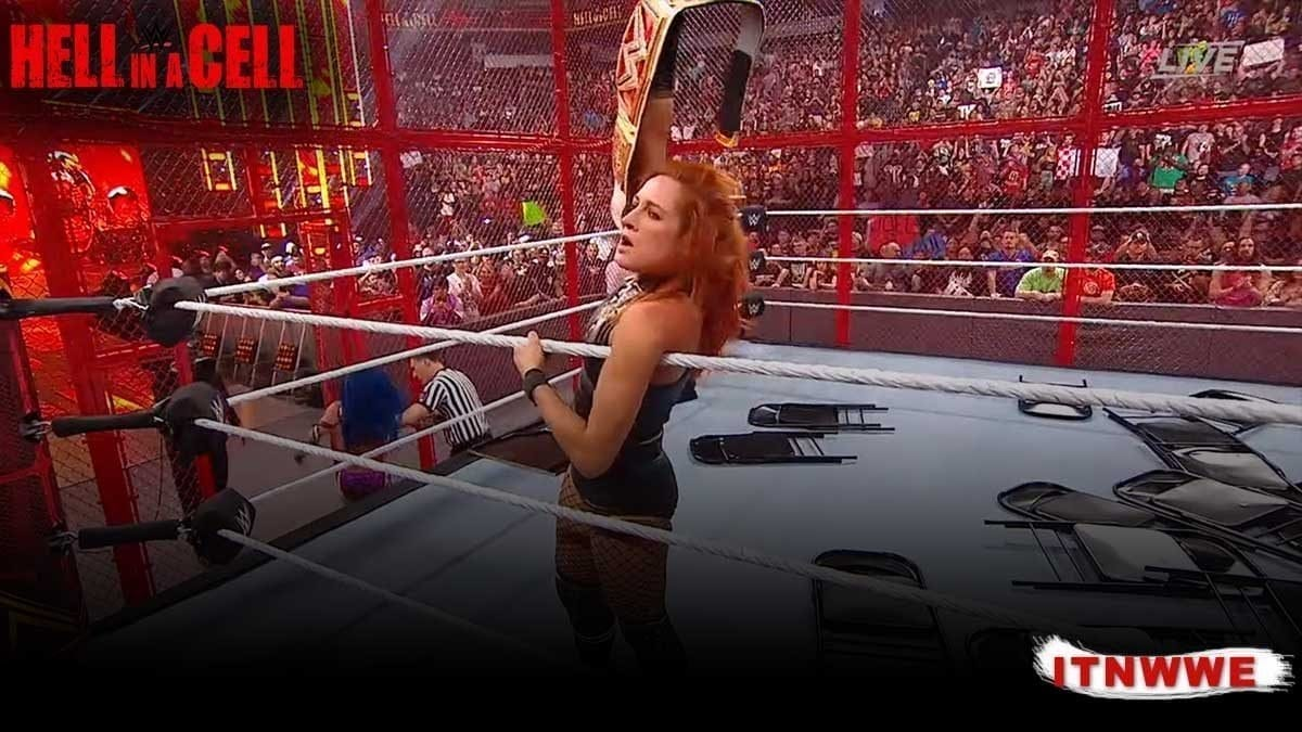 Becky Lynch Hell In A Cell 2019
