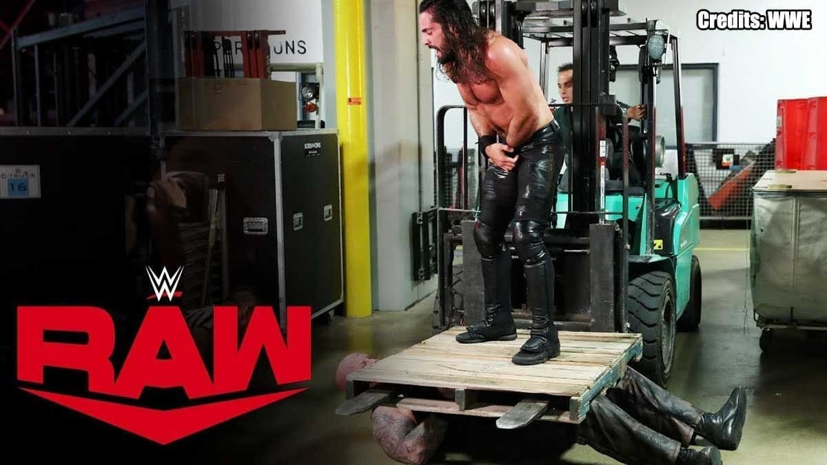 Seth Rollins uses Forklift to pin Erick Rowan