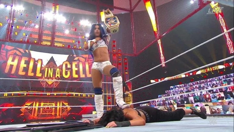Hell in a Cell: Sasha Banks Beat Bayley For SmackDown Title