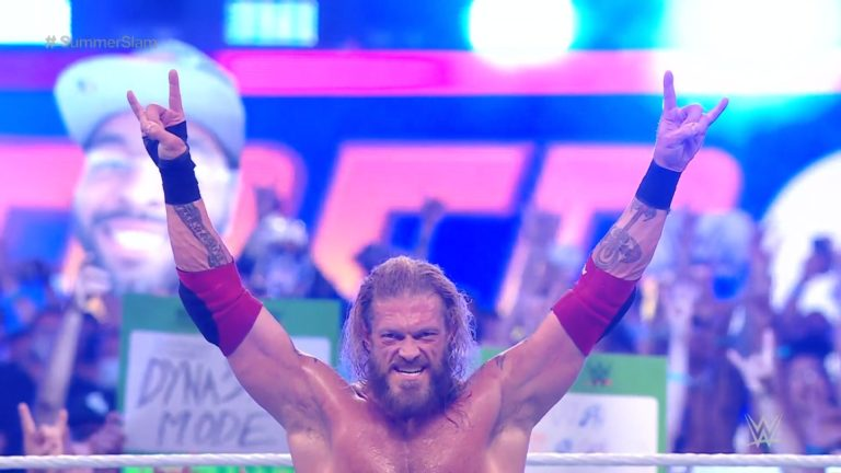 Edge Makes Seth Rollins Tap Out To Earn The Victory At SummerSlam